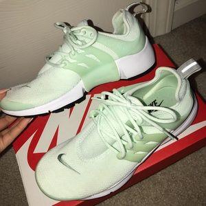 Mint Green Nike Air Prestos